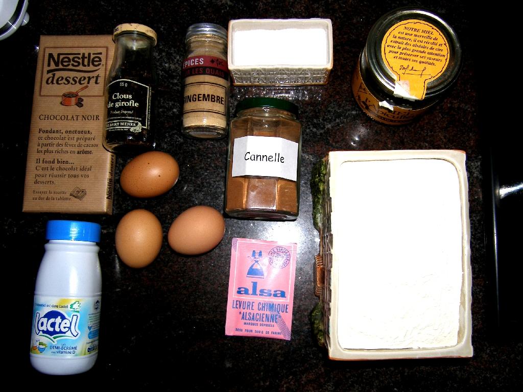 Les ingrédients du pain d'épice au chocolat…
