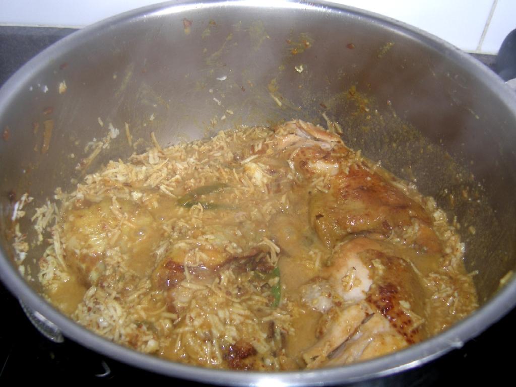curry de poulet coco la r unionnaise la recette du dredi. Black Bedroom Furniture Sets. Home Design Ideas