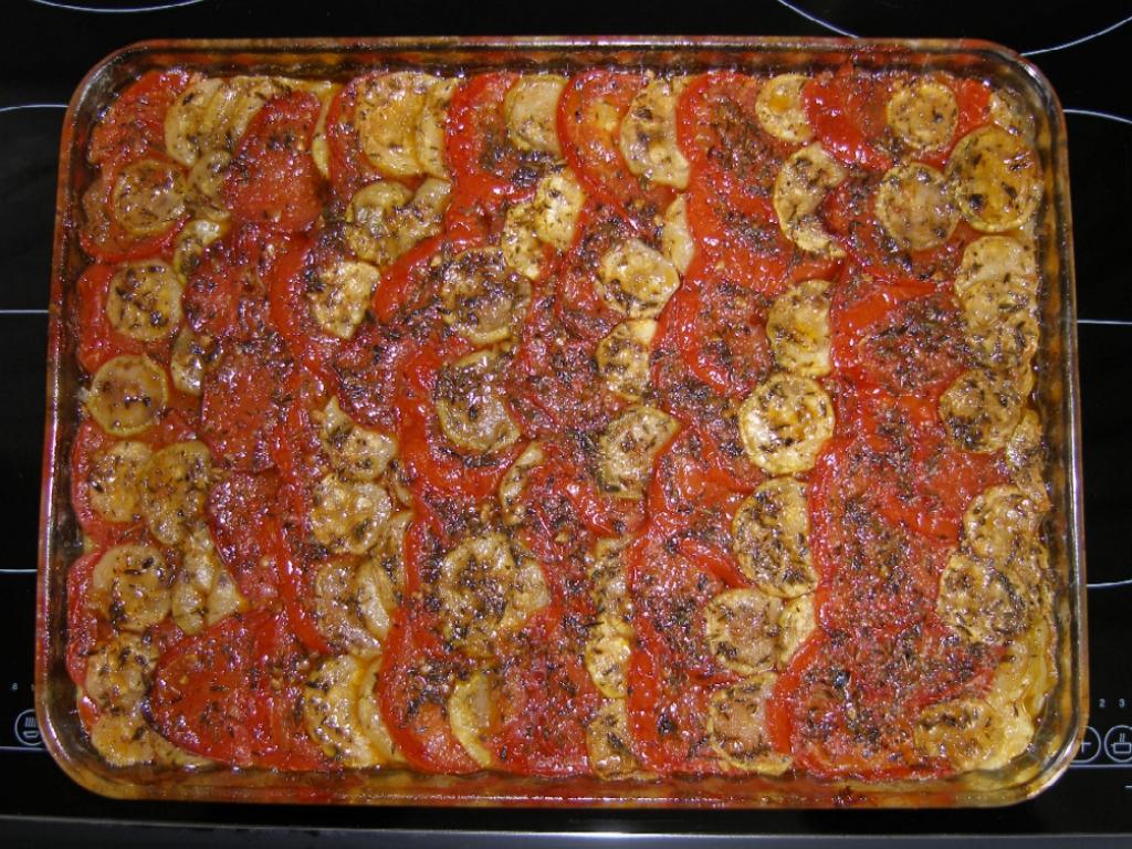 Tian de tomates et de courgettes.