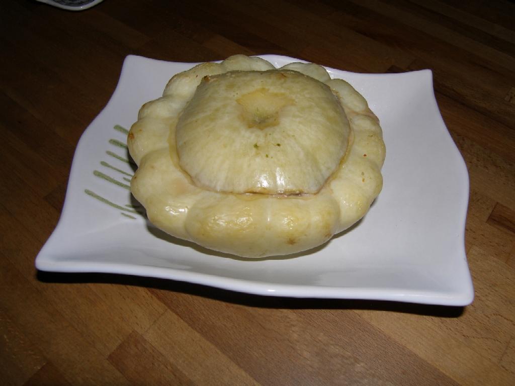 Et voici le pâtisson blanc farci prêt pour le service !
