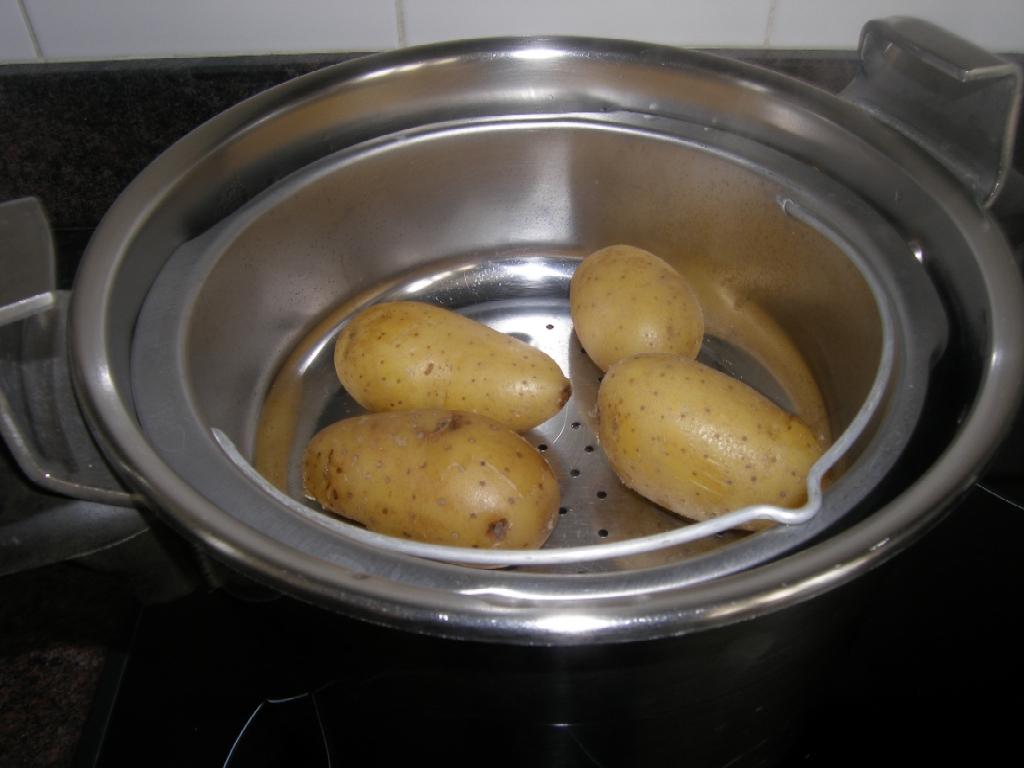 pommes de terre farcies d elles m mes la recette du dredi. Black Bedroom Furniture Sets. Home Design Ideas