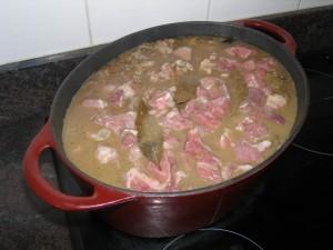 Et la viande pour finir... Il n'y a plus qu'à laisser mijoter à feu doux trois jours d'intervalle !