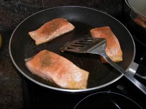 ...les mêmes, une fois cuits ...avec la touche d'assaisonnement de sel, de poivre et d'aneth ! à servir de suite !