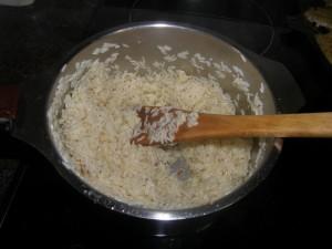 Et voilà le riz pratiquement cuit !