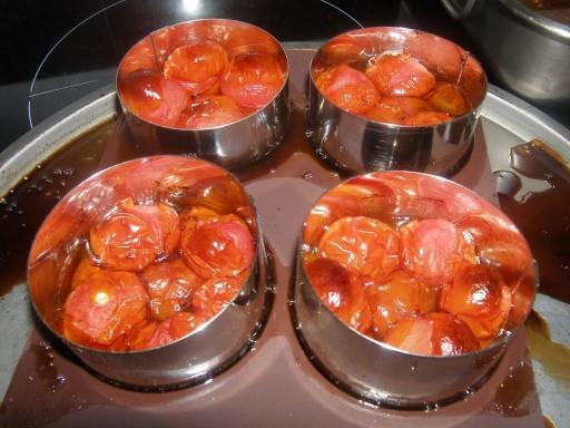 tartelettes tatin aux tomates cerises et la tapenade la recette du dredi. Black Bedroom Furniture Sets. Home Design Ideas