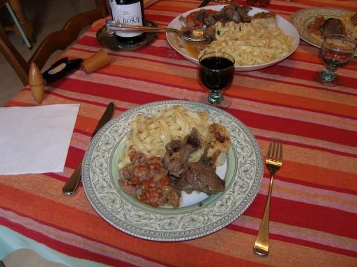 Jarret de b uf aux anchois et aux tomates la recette du dredi - Comment cuisiner du jarret de boeuf ...