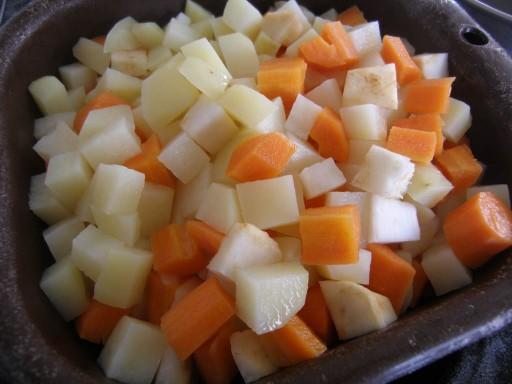 tuv e parmenti re de pommes de terre carottes et c leri rave la recette du dredi. Black Bedroom Furniture Sets. Home Design Ideas